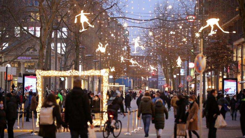 Weihnachtslockdown: Der Einzelhandel will die gleichen Hilfen wie die Gastronomie. Das geht aber nicht