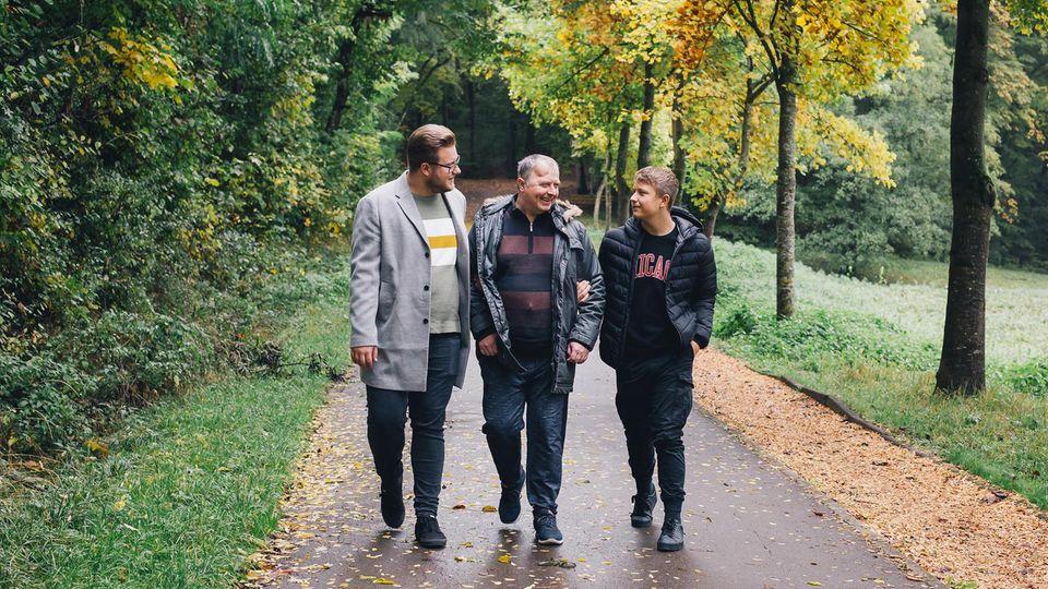 Marko und Fabio mit ihrem Vater