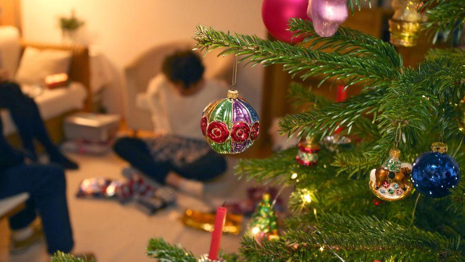 Weihnachtsfeier in der Familie
