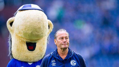 Schalke 04 entlässt Manual Baum –  Stevens soll Feuerwehrmann spielen (Video)