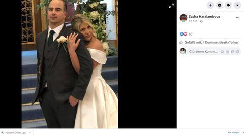 Chloe und Jamie Collins haben innerhalb von zwei Stunden ihre Hochzeit umorganisiert.