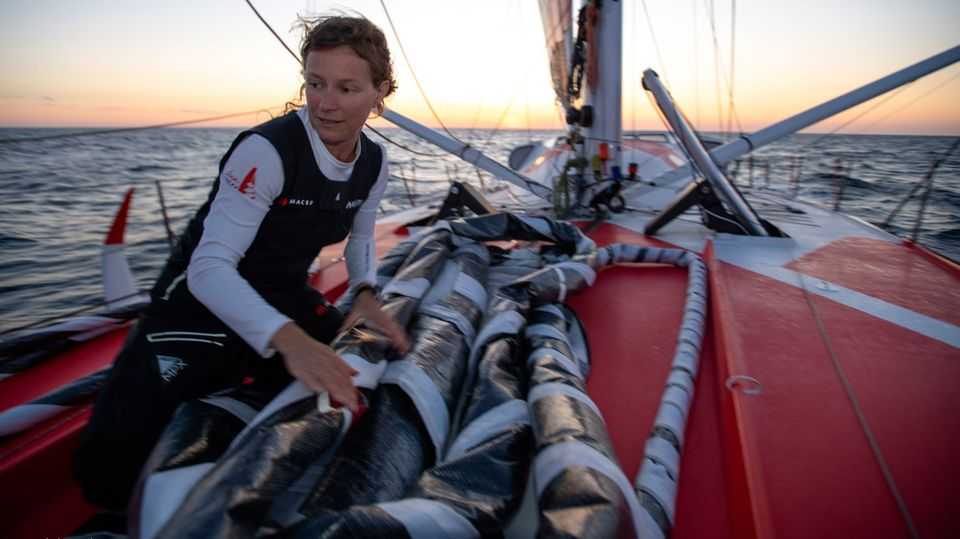 """Isabelle Joschke bei der """"Vendée Globe"""": Allein mit der Rennyacht um die Welt: """"Manchmal schlafe ich sogar zwei Stunden am Stück"""""""
