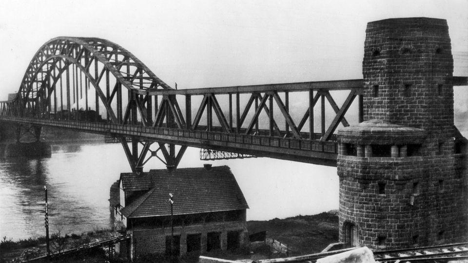 Strategischer Rheinübergang: Die Brücke von Remagen – wie sie zu einem Mythos des Zweiten Weltkriegs wurde