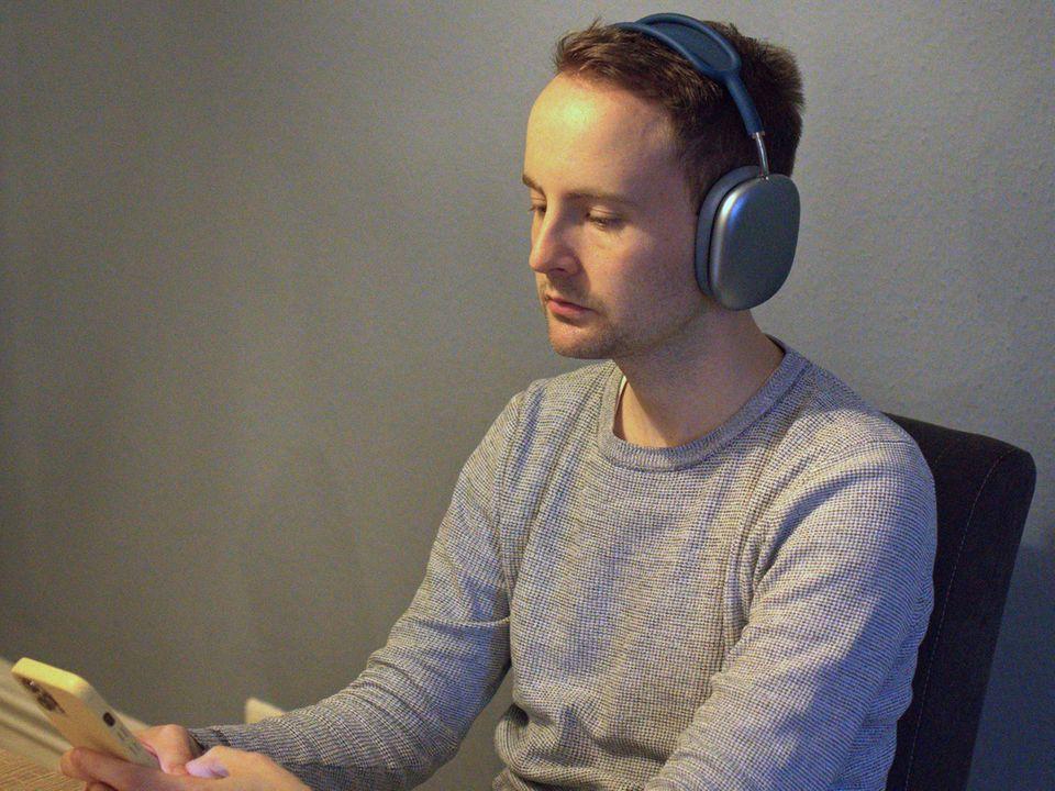 Der Autor während des Kopfhörer-Tests
