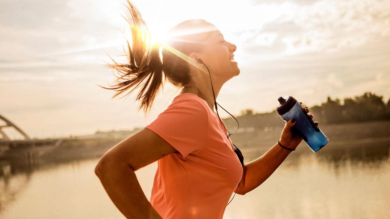 30 bis 40 Minuten intensive Bewegung am Tag sollten es für ein gesundes Leben sein