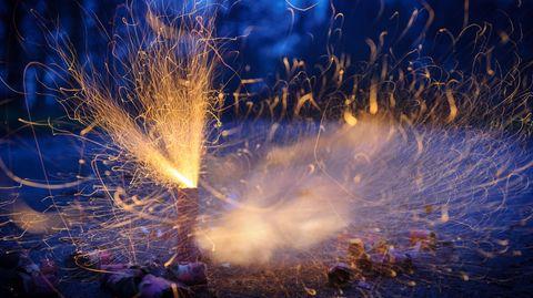 Niedersachsen, Ronnenberg: Böller explodieren bei Anbruch der Dunkelheit