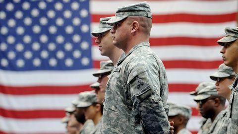 """Die ehemaligen Verteidigungsminister der USA fordern eine """"friedliche Machtübergabe""""."""