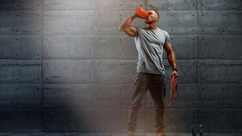 Ernährung bei Sport: Viel besser als Energieriegel und Powerdrinks: So werden Sie einfach wieder fit – und sparen Geld