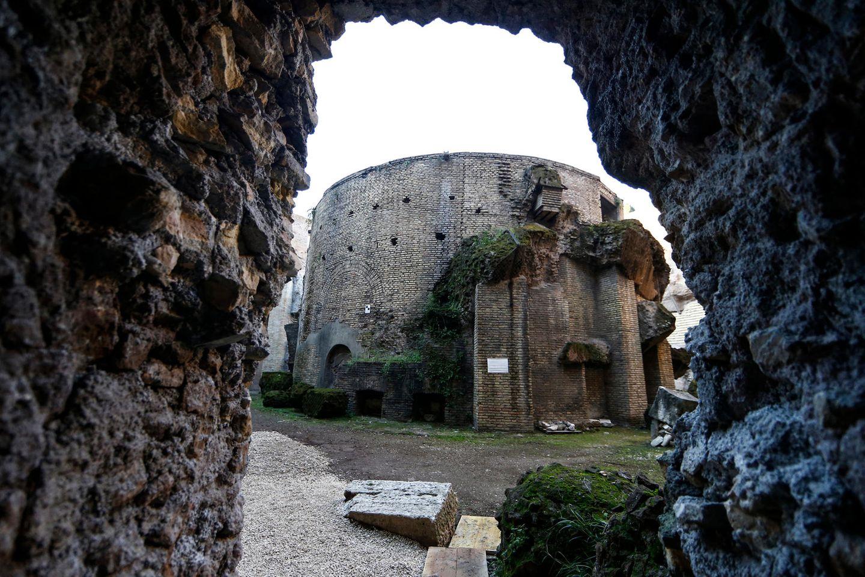 Die Römer bauten mit viel mit Ziegeln und Beton - der Marmor war häufig nur Verkleidung