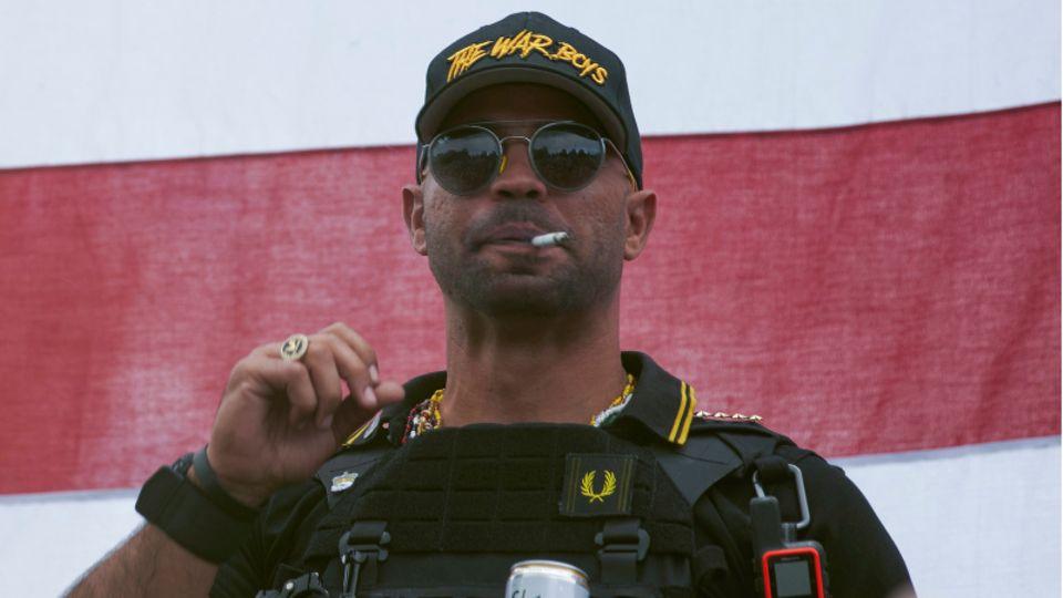 Henry «Enrique» Tarrio, Anführer der Proud Boys, ist kurz vor der geplanten Demonstration von Trump-Anhängernin Washington verhaftet worden.