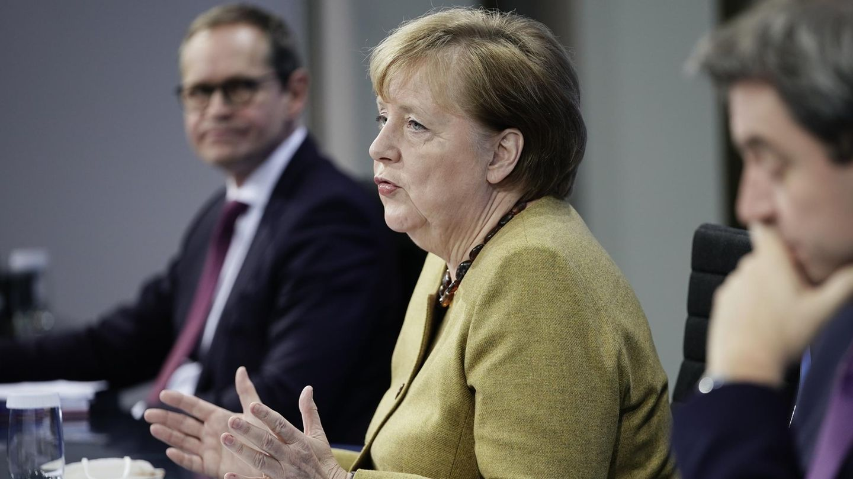 Kanzlerin Merkel, Bayerns Ministerpräsident Söder und Berlins Regierender Bürgermeister Müller