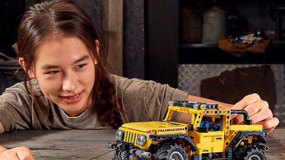Traumautos und mehr: Lego-Neuheiten 2021: Diese sechs Technic-Sets begeistern Groß und Klein