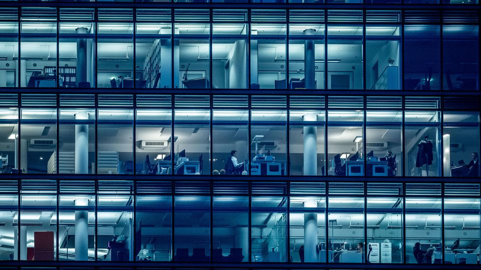 Kein Homeoffice: Bürogebäude in der Coronavirus-Pandemie