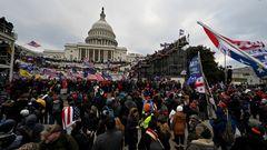 Die Proteste wütender Anhänger des abgewählten US-Präsidenten Donald Trump in der Hauptstadt Washington sind am Mittwochabendeskaliert und haben das politische Zentrum der USA zeitweise in beispielloses Chaos gestürzt