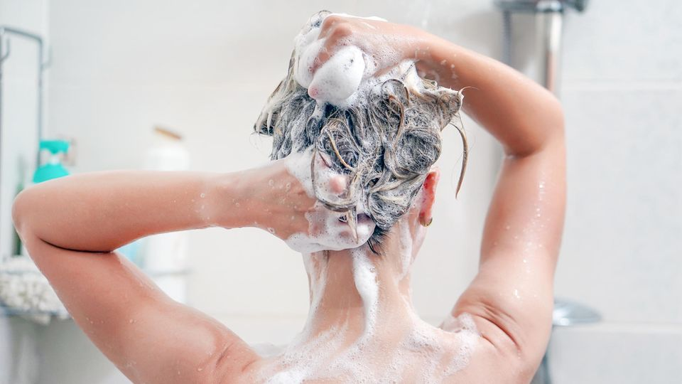 Teebaumöl Shampoo gegen Kopfhautreizungen