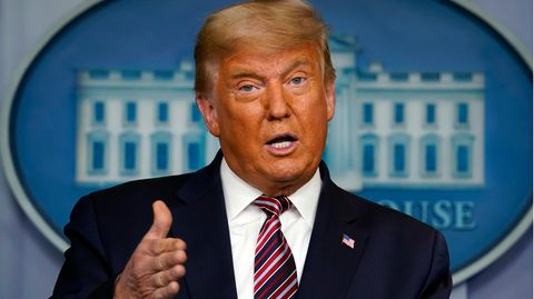 Nach einigem Zögern hat der amtierende US-Präsident Donald Trump die Krawalle seiner Anhänger am Kapitol scharf verurteilt