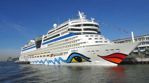 """Die """"Aida Sol"""" liegt am Cruise Terminal Altona im Hamburger Hafen"""