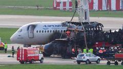 Russland, Mai 2019  Ein Flugzeug vom Typ Suchoi Superjet-100 der Gesellschaft Aeroflot prallt beim Landeanflug in Moskau mehrfach auf den Boden und fängt Feuer. 41 Menschen sterben, 37 können sich retten. Russische Ermittler geben dem Piloten die Hauptschuld.