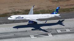 Bild 1 von 11der Fotostrecke zum Klicken -Platz 10: Jetblue Airways  Der vor 20 Jahren gegründete US-Billigflieger betreibt eine Airbus- und Embraer-Jetflotte mit einem Durchschnittsalter von 11,1 Jahren und schaffte es unter die Top 10 der sichersten Airlines.