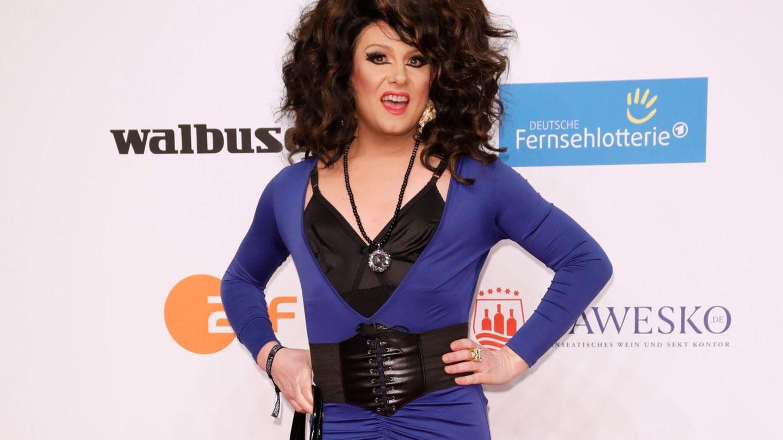 Bei der Goldenen Kamera war Nina Queer 2018 trotz ihrer umstrittenen Aussagen willkommen. Im Dschungelcamp will RTL sie nicht mehr haben.