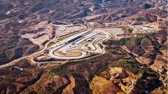 Der berühmte Autódromo doEstoril aus der Luft.