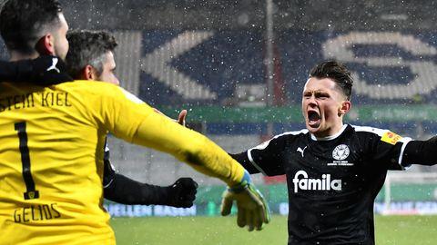 Holstein Kiel gewinnt im DFB-Pokal gegen Bayern München