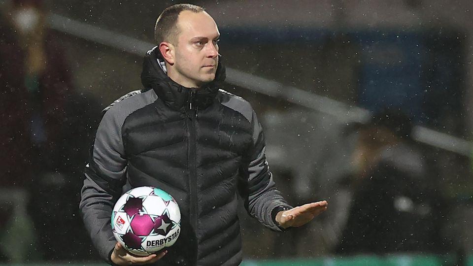 Ganz locker, ganz ruhig – Kiel-Trainer Ole Werner